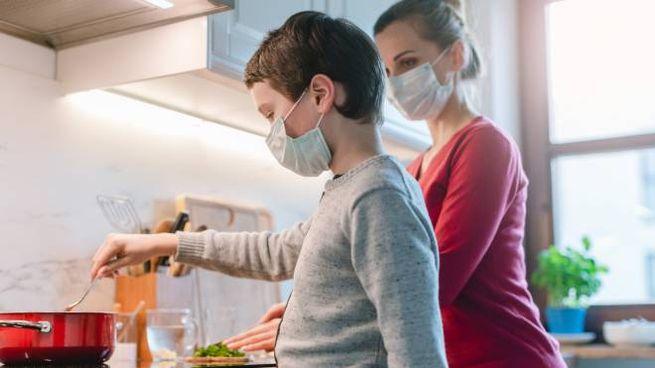 Coronavirus, i consigli per il ritorno a casa (foto iStock)