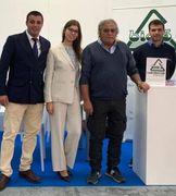 Angelo Mancini, fondatore e presidente del gruppo Bio 5, con i suoi tre figli