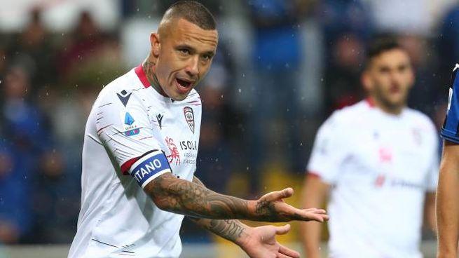 I calciatori del Cagliari rinunciano a una mensilità