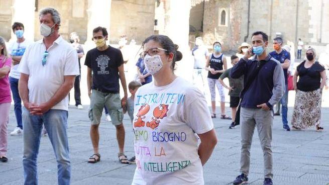 Sit in scuola piazza Duomo (foto Acerboni/Castellani)