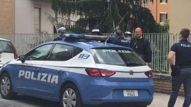 Polizia in via Piave