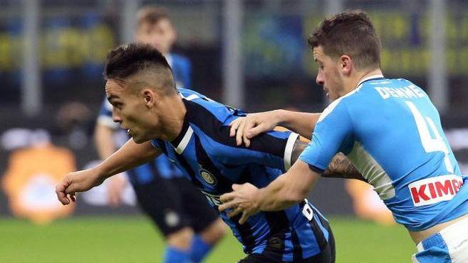 Lautaro Martinez in azione contro il Napoli