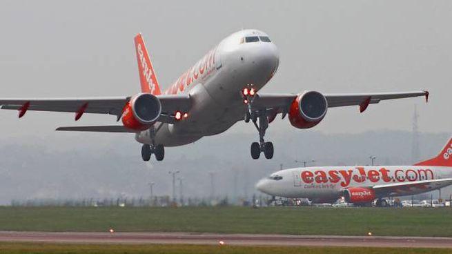 EasyJet riprenderà a volare su 8 aeroporti italiani
