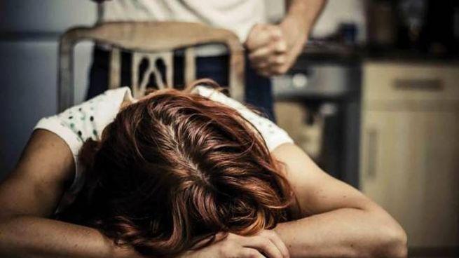 Violenza sulle donne (immagine generica)