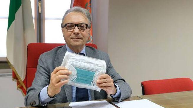 Il sindaco di Iseo Marco Ghitti