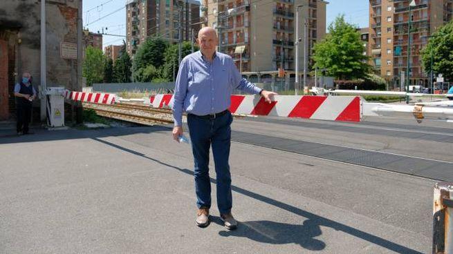 Il sindaco Ezio Casati è contrario alla chiusura definitiva del passaggio a livello