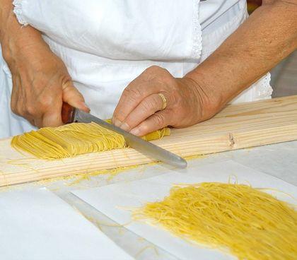 A tavola, maccheroncini di Campofilone per le buone forchette