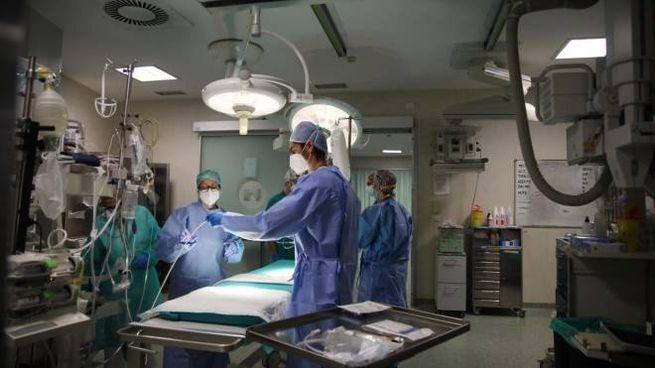 La sala operatoria del pronto soccorso dell'ospedale Niguarda, Milano (Ansa)