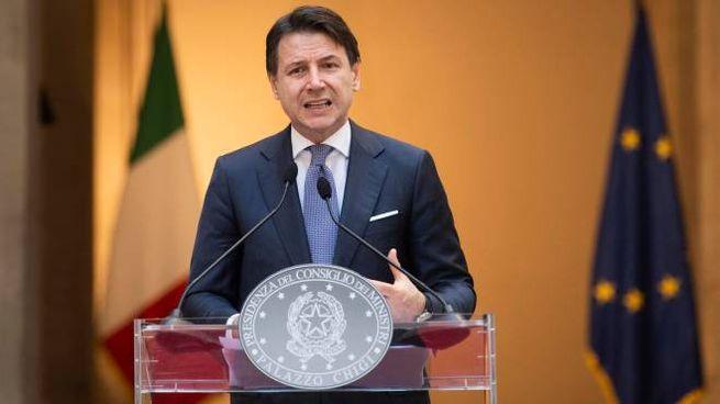 La conferenza stampa del premier Conte a Palazzo Chigi (Ansa)
