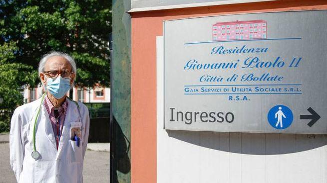 Il direttore sanitario Rosario Giuseppe Cantella