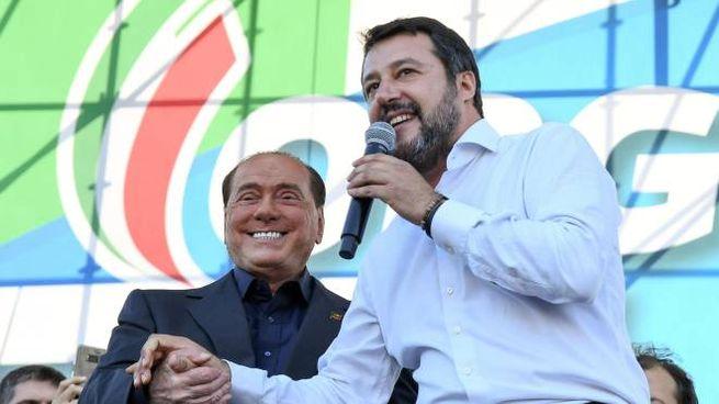 Matteo Salvini e Silvio Berlusconi (Ansa)