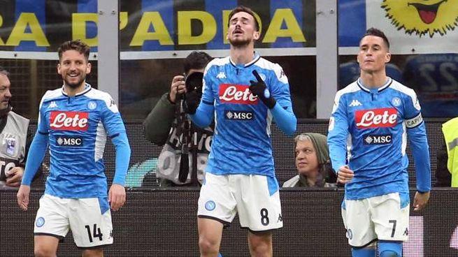 Fabian Ruiz esulta in Inter-Napoli dell'andata (Ansa)