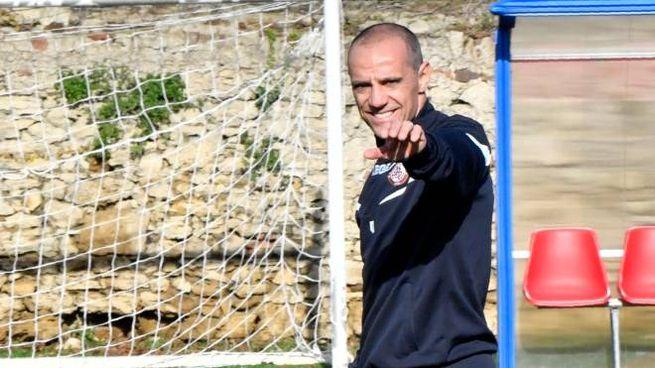 Il tecnico del Livorno, Antonio Filippini (Novi)