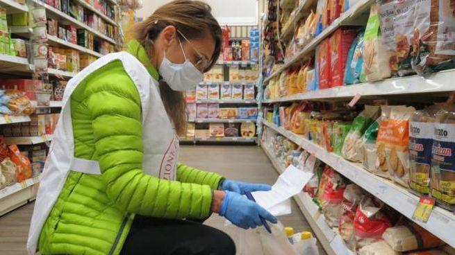 Spesa in un supermercato (foto di repertorio)