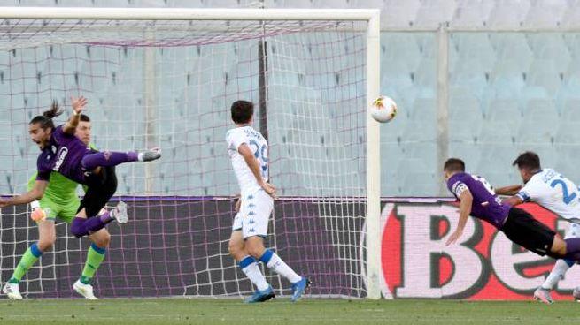 Pezzella segna il gol dell'1-1 (Ansa)