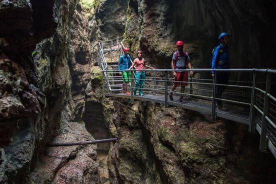 Breg Adventure Park in Val Breguzzo. Ponti tibetani e salti nel vuoto