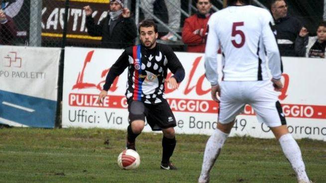 Fabrizio Lo Sicco in azione con la maglia del Gavorrano