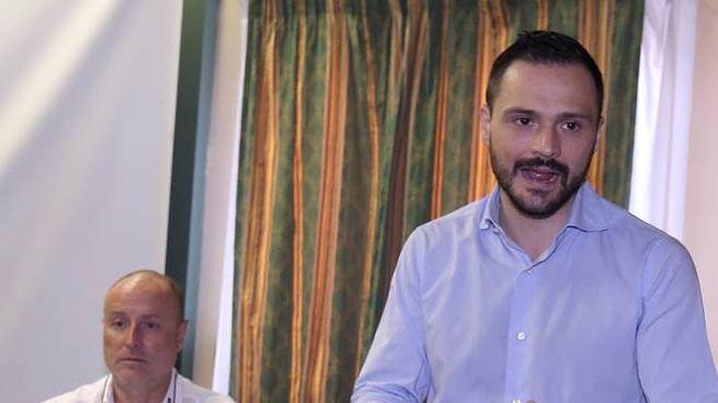 Il sindaco Baroncini con l'assessore Lumi durante l'incontro all'Hotel Adua (Goiorani)