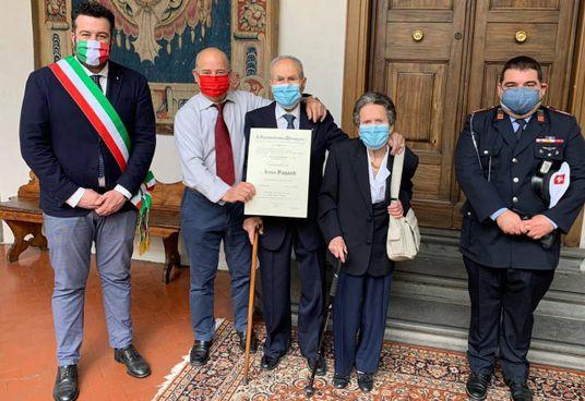 Un momento della cerimonia che si è svolta in prefettura a Firenze