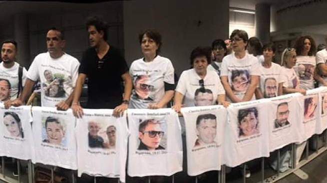 I familiari delle 29 vittime