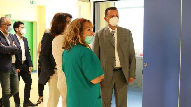 L'assessore regionale alla Sanità Raffaele Donini a Montecatone