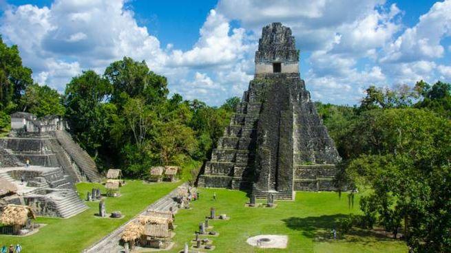 L'antica città Maya di Tikal