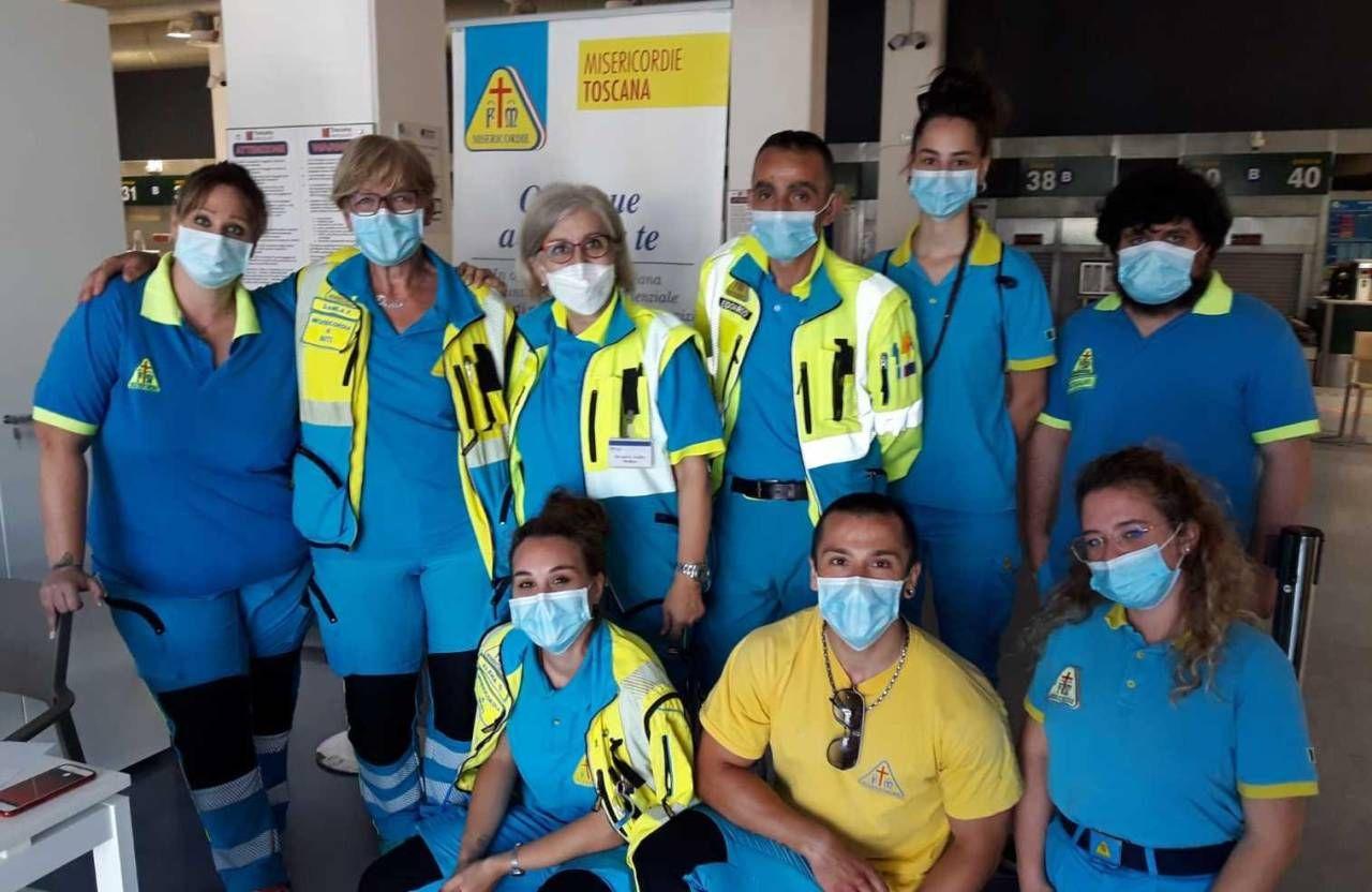 Uno dei turni di volontari, medici e infermieri impegnati, in questo periodo, al «Galilei»