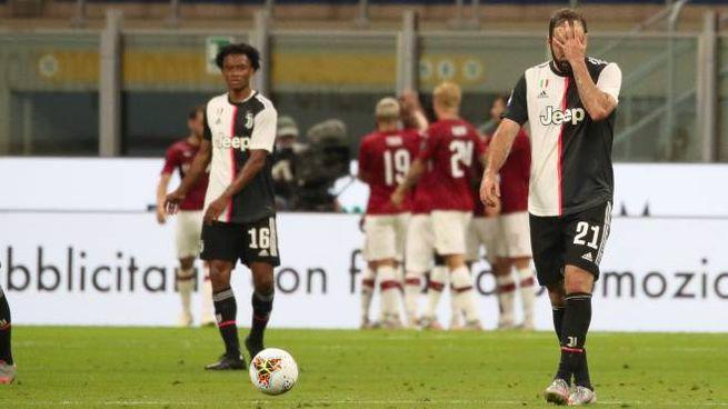 Milan-Juventus 4-2, la disperazione di Higuain (Ansa)