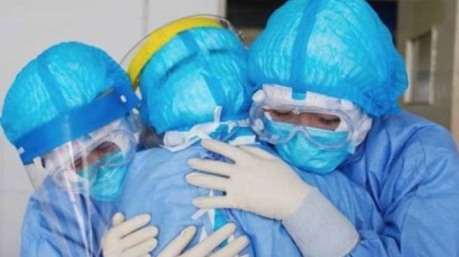 Medici impegnati nella pandemia