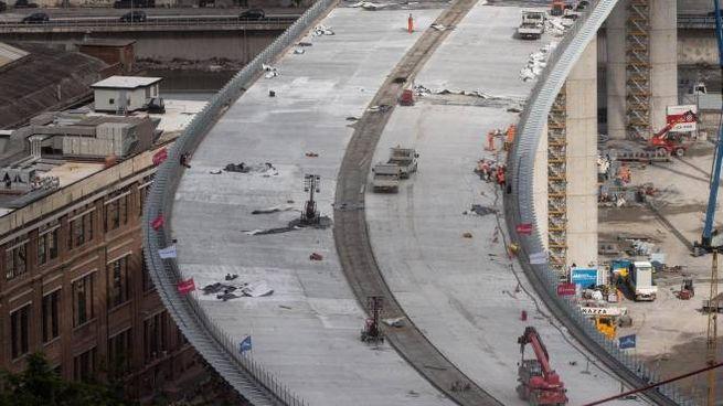 Genova, il nuovo ponte (Ansa)