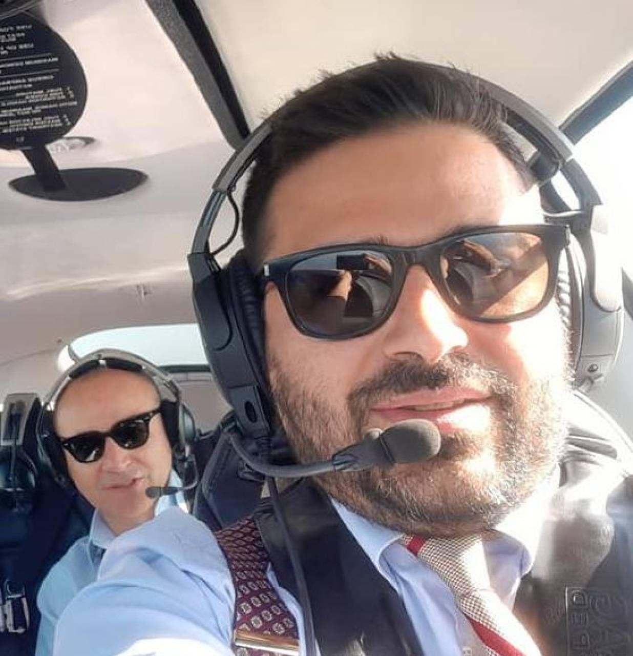 Davide Ranalli in versione pilota d'aereo, sulle orme di Francesco Baracca