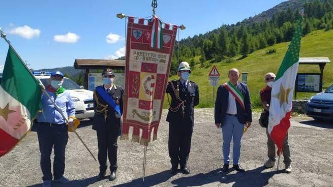 La delegazione cremonese al Colle del Lys