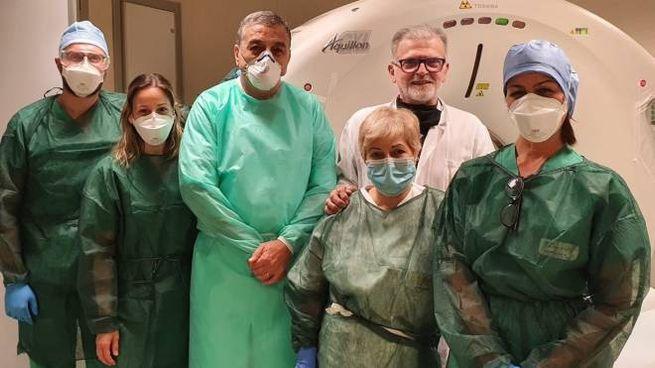 Lo staff del reparto di radiologia dell'ospedale di Crema