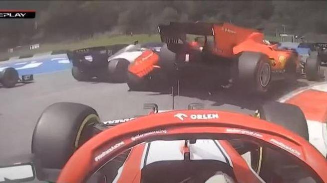 Lo scontro tra le due Ferrari in Stiria (Ansa)