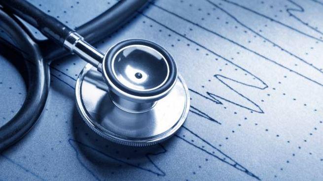 Uno stetoscopio
