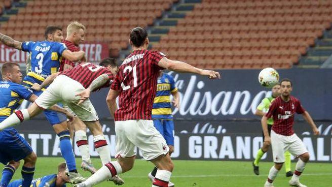 Romagnoli in gol di testa contro il Parma (Ansa)