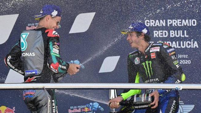 Fabio Quartararo e Valentino Rossi (Ansa)