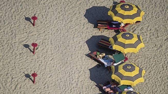 Il turismo, uno dei settori più colpiti dalla crisi (foto Dire)