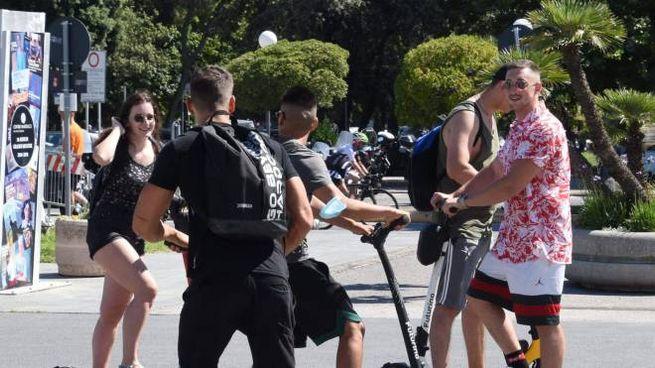 Passeggiata di Viareggio: il monopattino è l'ultima moda
