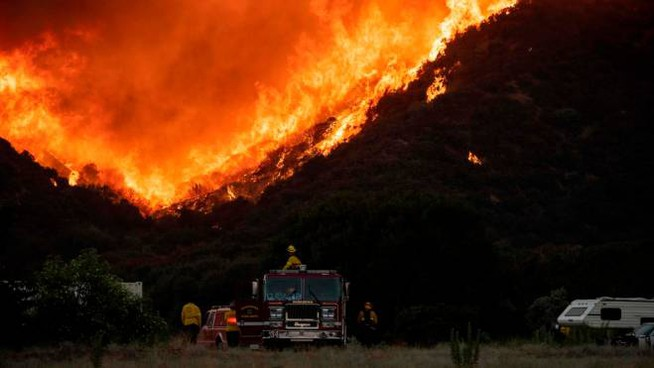 Incendio in California (Ansa)