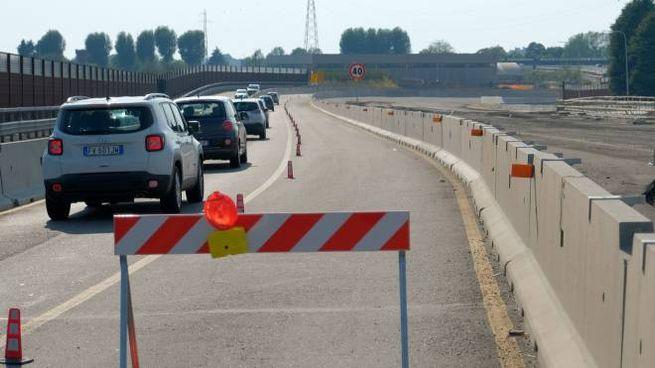 I cantieri della Rho-Monza sono tornati a pieno regime. Tanti disagi per i pendolari