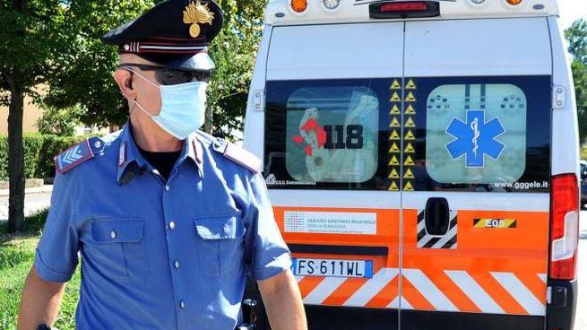 Carabinieri e 118 sul posto (foto d'archivio)