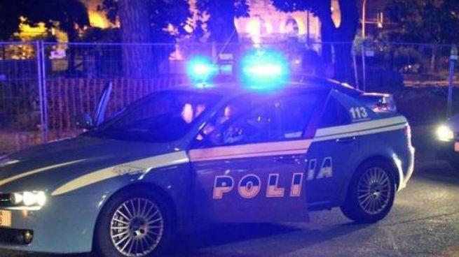 Una volante della polizia (foto d'archivio)