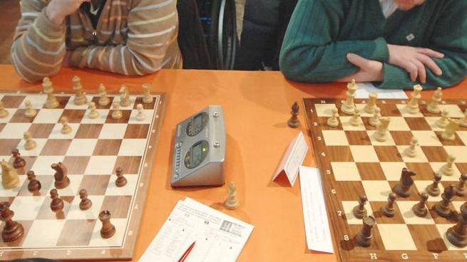 Il ragazzo ha scoperto di avere il covid dopo il rientro dal torneo di scacchi