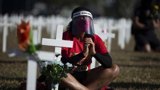 Brasile, una commemorazione per le vittime del Coronavirus (Ansa)