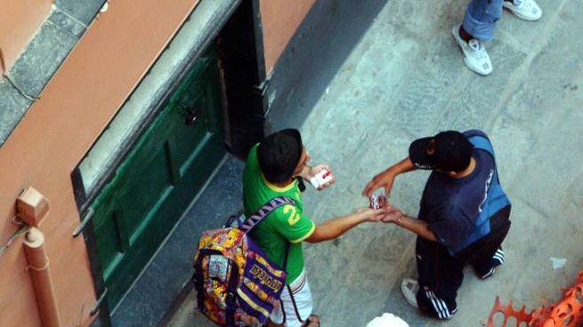 Nel mercato della droga molti ragazzi