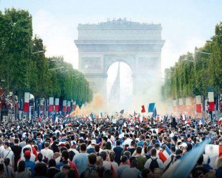 La foto della locandina del film diretto dal francese Ladj Li