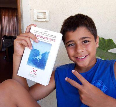 Diego Velasco e Ilaria Pascal studenti che hanno partecipato alla stesura del libro