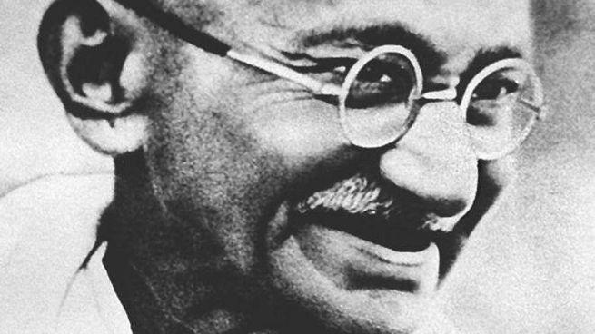 All'asta gli occhiali del Mahatma Gandhi
