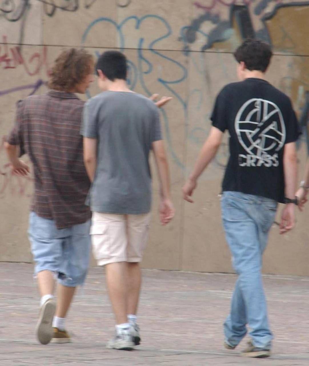 Salgono le proteste in centro per il comportamento dei ragazzi (foto d'archivio)